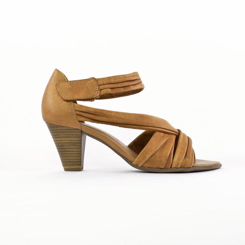 chaussure ete camel femme. Black Bedroom Furniture Sets. Home Design Ideas